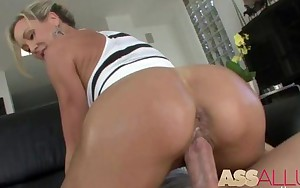 Milf Big Booty Brandi Love