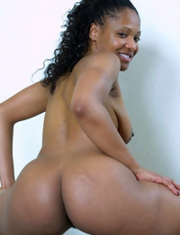 If u love obese round asses, gorgeous dark babes, added to..