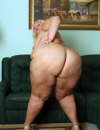 Plump Ass is a great collection of hot real..