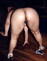 Massive Arse Parade is a great collection of sexy real..