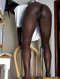 Here u will find sexy hawt rumps dark girls, dark models,..