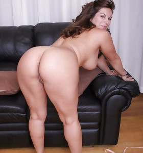 Are u interested in the big ass? HUGE BOOTY the most excellent place turn this way u tokus find.