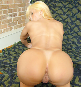 Are u interested in the broad in the beam ass? Massive Bum the most excellent place that u can find.