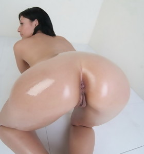 Bubble butt World 2