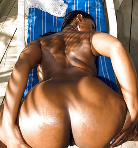 Thick and ebony african massive bums