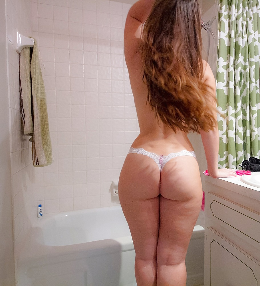 cute big asses. :: pictures of babes and cuties with beautiful and