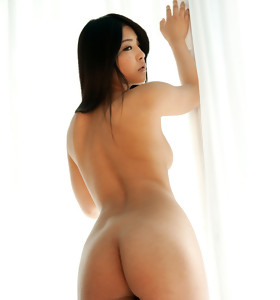 Hawt oriental big booty and bulky booty women